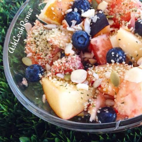 breakfast bowl with hemp seeds